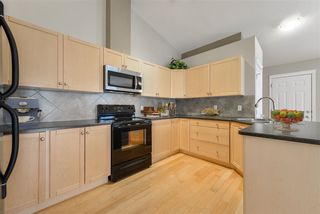 Photo 9: 29 SPRUCE GARDENS Crescent: Spruce Grove House Half Duplex for sale : MLS®# E4192720