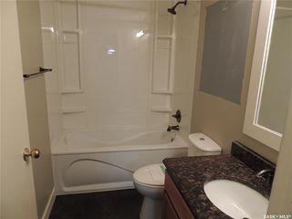 Photo 10: 703 Park Drive in Estevan: Bay Meadows Residential for sale : MLS®# SK813464