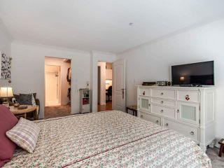 "Photo 19: 308 15220 GUILDFORD Drive in Surrey: Guildford Condo for sale in ""BOULEVARD CLUB"" (North Surrey)  : MLS®# R2477953"