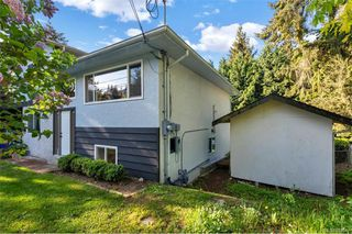Photo 2: 429 Atkins Ave in Langford: La Atkins Single Family Detached for sale : MLS®# 839041