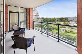 Photo 1: 606 21 Dallas Rd in Victoria: Vi James Bay Condo for sale : MLS®# 841905