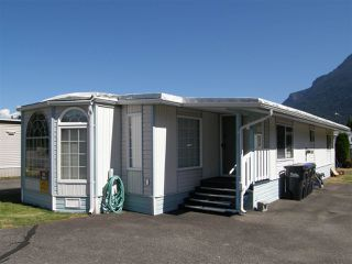 Photo 13: 20 62780 FLOOD HOPE Road in Hope: Hope Center Manufactured Home for sale : MLS®# R2491506