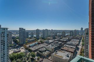 """Main Photo: 3007 939 HOMER Street in Vancouver: Yaletown Condo for sale in """"The Pinnacle"""" (Vancouver West)  : MLS®# R2525365"""