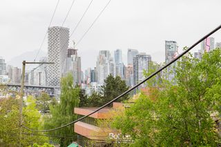Photo 15: 101 1315 7 Avenue in Vancouver: Fairview VW Condo for sale (Vancouver West)  : MLS®# R2453478