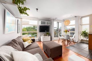 """Main Photo: 7 618 W 6TH Avenue in Vancouver: Fairview VW Townhouse for sale in """"STELLA DEL FIORDO"""" (Vancouver West)  : MLS®# R2531108"""