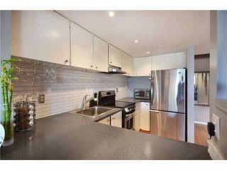 Photo 2: 301 1990 W 6TH Avenue in Vancouver: Kitsilano Condo for sale (Vancouver West)  : MLS®# V930376