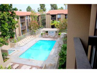 Photo 7: PACIFIC BEACH Condo for sale : 2 bedrooms : 1775 Diamond Street #304