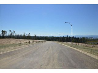 "Photo 6: LOT 6 BELL Place in Mackenzie: Mackenzie -Town Land for sale in ""BELL PLACE"" (Mackenzie (Zone 69))  : MLS®# N227298"