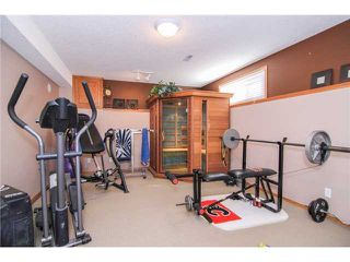 Photo 19: 359 SUNLAKE Road SE in CALGARY: Sundance Residential Detached Single Family for sale (Calgary)  : MLS®# C3577180