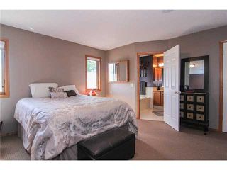 Photo 10: 359 SUNLAKE Road SE in CALGARY: Sundance Residential Detached Single Family for sale (Calgary)  : MLS®# C3577180