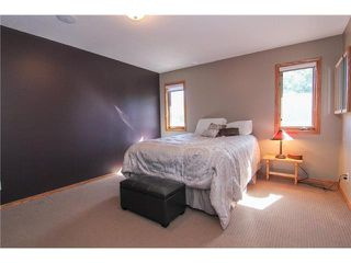 Photo 9: 359 SUNLAKE Road SE in CALGARY: Sundance Residential Detached Single Family for sale (Calgary)  : MLS®# C3577180