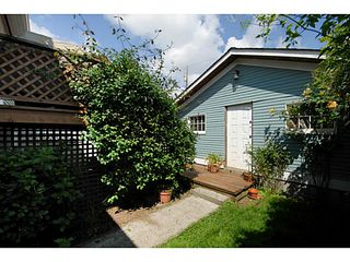 Photo 19: 341 E 58TH AV in Vancouver: South Vancouver House for sale (Vancouver East)  : MLS®# V1070002