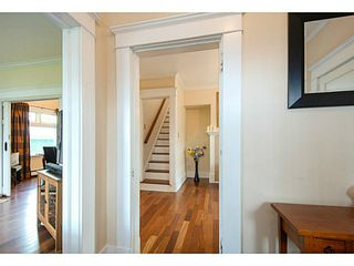 Photo 2: 341 E 58TH AV in Vancouver: South Vancouver House for sale (Vancouver East)  : MLS®# V1070002