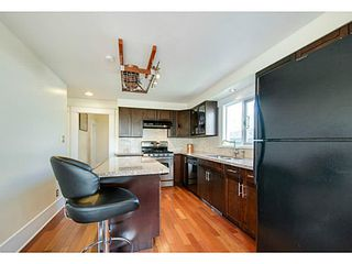 Photo 9: 341 E 58TH AV in Vancouver: South Vancouver House for sale (Vancouver East)  : MLS®# V1070002