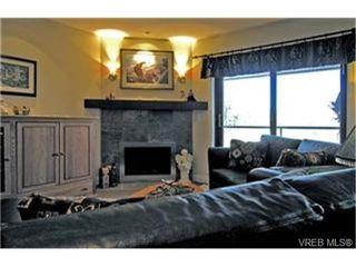 Photo 2:  in VICTORIA: La Bear Mountain Condo for sale (Langford)  : MLS®# 446784