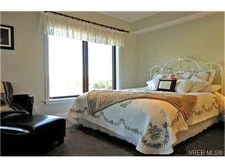 Photo 5: 309 1325 Bear Mountain Parkway in VICTORIA: La Bear Mountain Condo Apartment for sale (Langford)  : MLS®# 236379