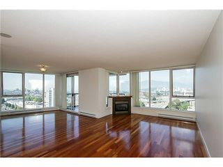 "Photo 1: 1404 1483 W 7TH Avenue in Vancouver: Fairview VW Condo for sale in ""VERONA OF PORTICO"" (Vancouver West)  : MLS®# V1082596"