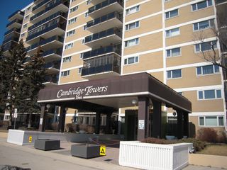 Photo 1: 604 1305 grant Avenue in Winnipeg: River Heights / Tuxedo / Linden Woods Condominium for sale (South Winnipeg)  : MLS®# 1507808