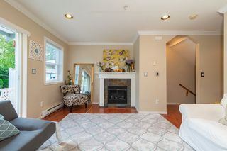 Photo 4: 6 901 CLARKE Road in Port Moody: College Park PM Townhouse for sale : MLS®# R2392750