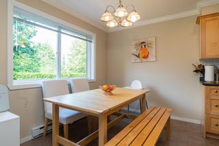 Photo 8: 6 901 CLARKE Road in Port Moody: College Park PM Townhouse for sale : MLS®# R2392750