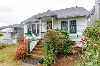Main Photo: 4918 WALDEN Street in Vancouver: Main House for sale (Vancouver East)  : MLS®# R2407281