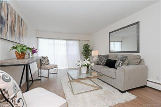 Photo 1: 426 964 Heywood Avenue in VICTORIA: Vi Fairfield West Condo Apartment for sale (Victoria)  : MLS®# 421064