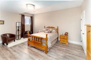 Photo 42: 944 166 Avenue in Edmonton: Zone 51 House for sale : MLS®# E4189912