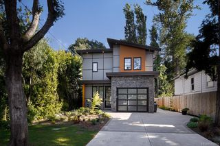 Photo 1: 1753 Adanac St in Victoria: Vi Jubilee House for sale : MLS®# 840303