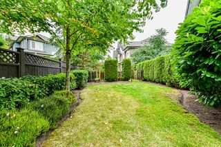 "Photo 19: 54 6575 192 Street in Surrey: Clayton Townhouse for sale in ""IXIA"" (Cloverdale)  : MLS®# R2495688"