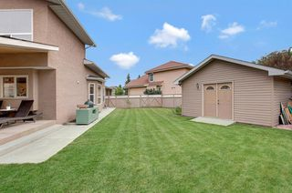 Photo 3: 23 Edgebrook Close NW in Calgary: Edgemont Detached for sale : MLS®# A1054479