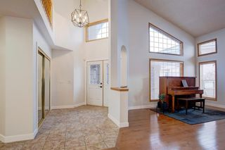 Photo 9: 23 Edgebrook Close NW in Calgary: Edgemont Detached for sale : MLS®# A1054479