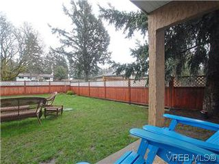 Photo 9: 2978A Pickford Road in VICTORIA: Co Hatley Park Strata Duplex Unit for sale (Colwood)  : MLS®# 304994
