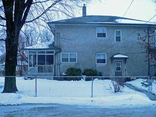 Photo 10: 1488 MAGNUS AVE: Condominium for sale (Canada)  : MLS®# 2901924