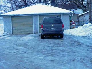 Photo 12: 1488 MAGNUS AVE: Condominium for sale (Canada)  : MLS®# 2901924
