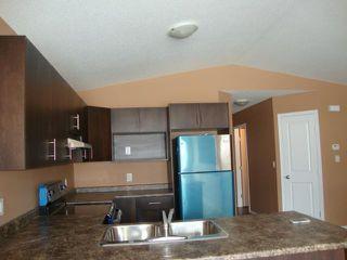 Photo 4: 482 FERRY Road in WINNIPEG: St James Residential for sale (West Winnipeg)  : MLS®# 1301693