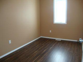 Photo 8: 482 FERRY Road in WINNIPEG: St James Residential for sale (West Winnipeg)  : MLS®# 1301693