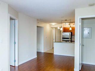 """Photo 6: 408 813 AGNES Street in New Westminster: Downtown NW Condo for sale in """"NEWS"""" : MLS®# V989175"""