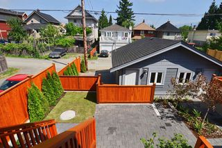 "Photo 20: 1233 E 13 AV in Vancouver: Mount Pleasant VE House 1/2 Duplex for sale in ""MOUNT PLEASANT"" (Vancouver East)  : MLS®# V1019002"