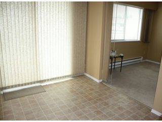 "Photo 5: # 39 32959 GEORGE FERGUSON WY in Abbotsford: Central Abbotsford Townhouse for sale in ""OakHurst Park"" : MLS®# F1321551"