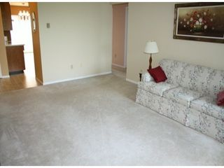 "Photo 9: # 39 32959 GEORGE FERGUSON WY in Abbotsford: Central Abbotsford Townhouse for sale in ""OakHurst Park"" : MLS®# F1321551"