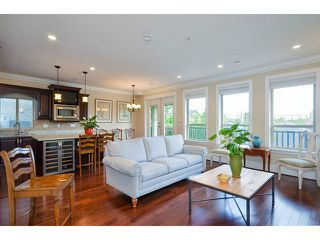 "Photo 4: 4042 W 35TH Avenue in Vancouver: Dunbar House for sale in ""DUNBAR"" (Vancouver West)  : MLS®# V1078528"