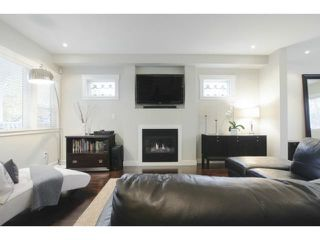 Photo 2: 850 W 19TH AV in Vancouver: Cambie House for sale (Vancouver West)  : MLS®# V1092664