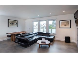 Photo 1: 50 E KING EDWARD AV in Vancouver: Main House for sale (Vancouver East)  : MLS®# V1108119