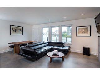 Photo 1: 50 E KING EDWARD AV in Vancouver: Main House for sale (Vancouver East)  : MLS®# V1108119