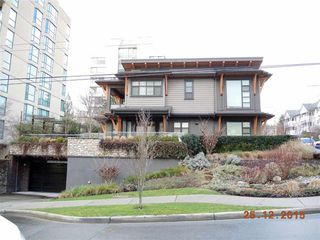 Photo 1: 611 14TH STREET in WEST VANCOUVER: Ambleside House for sale (West Vancouver)  : MLS®# R2021666