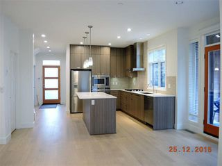 Photo 3: 611 14TH STREET in WEST VANCOUVER: Ambleside House for sale (West Vancouver)  : MLS®# R2021666