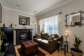 Photo 3: 4130 PANDORA STREET in Burnaby: Vancouver Heights House 1/2 Duplex for sale (Burnaby North)  : MLS®# R2051043