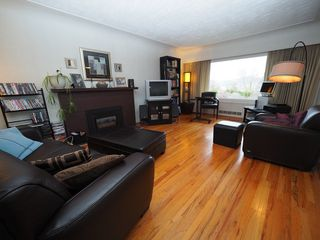 Photo 10: 1334 Dominion Crescent in Kamloops: South Kamloops House for sale : MLS®# 137783