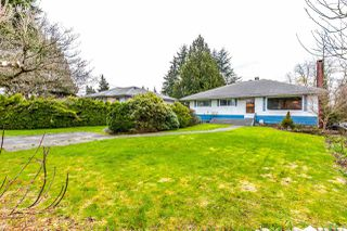Photo 3: 5246 SPRUCE STREET in Burnaby: Deer Lake Place House for sale (Burnaby South)  : MLS®# R2151771