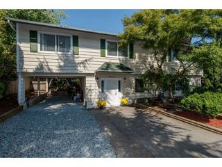 Photo 1: 26947 28A AVENUE in Langley: Aldergrove Langley House for sale : MLS®# R2295792